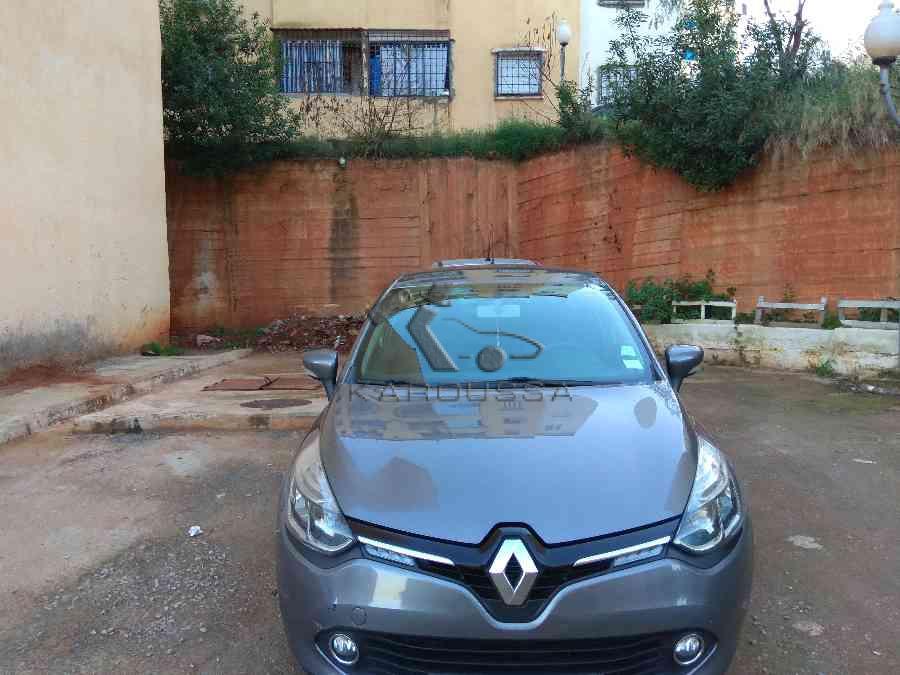 RENAULT CLIO occasion 2014 Alger (16) Algerie 153000km 144mdz