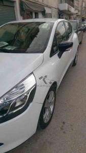 RENAULT CLIO occasion 2014 Béjaïa (06) Algerie 93000km 135mdz