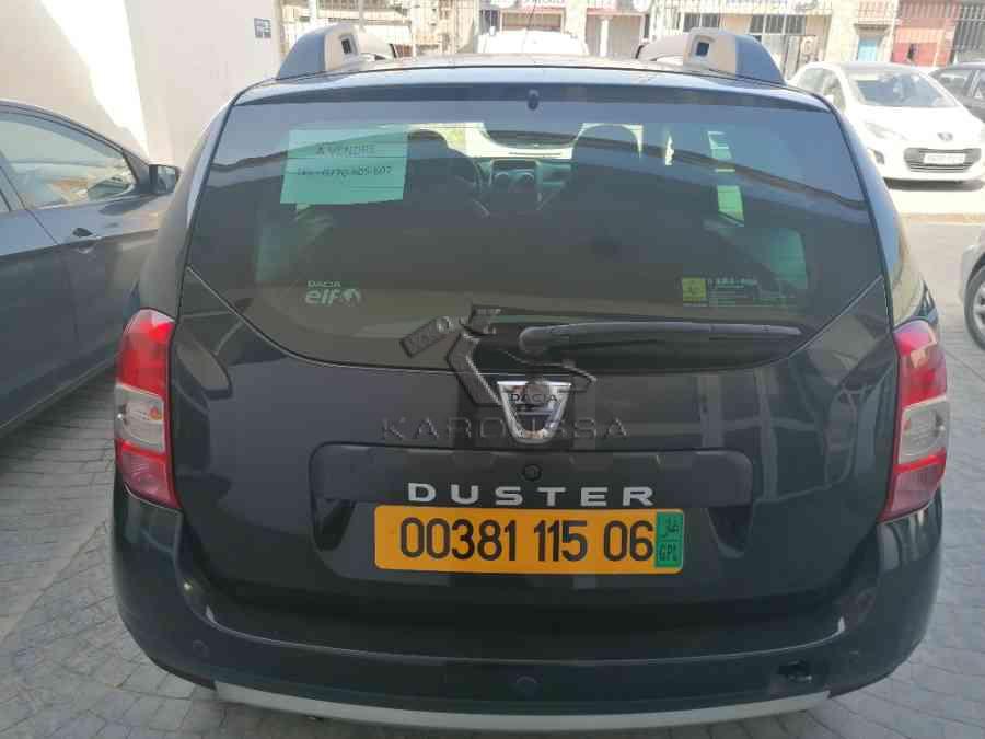 DACIA DUSTER occasion 2014 Béjaïa (06) Algerie 96000km 210mdz